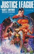 JUSTICE LEAGUE BY SCOTT SNYDER DLX ED HC BOOK 01